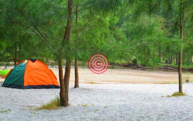 Anawangin Cove Camp Site