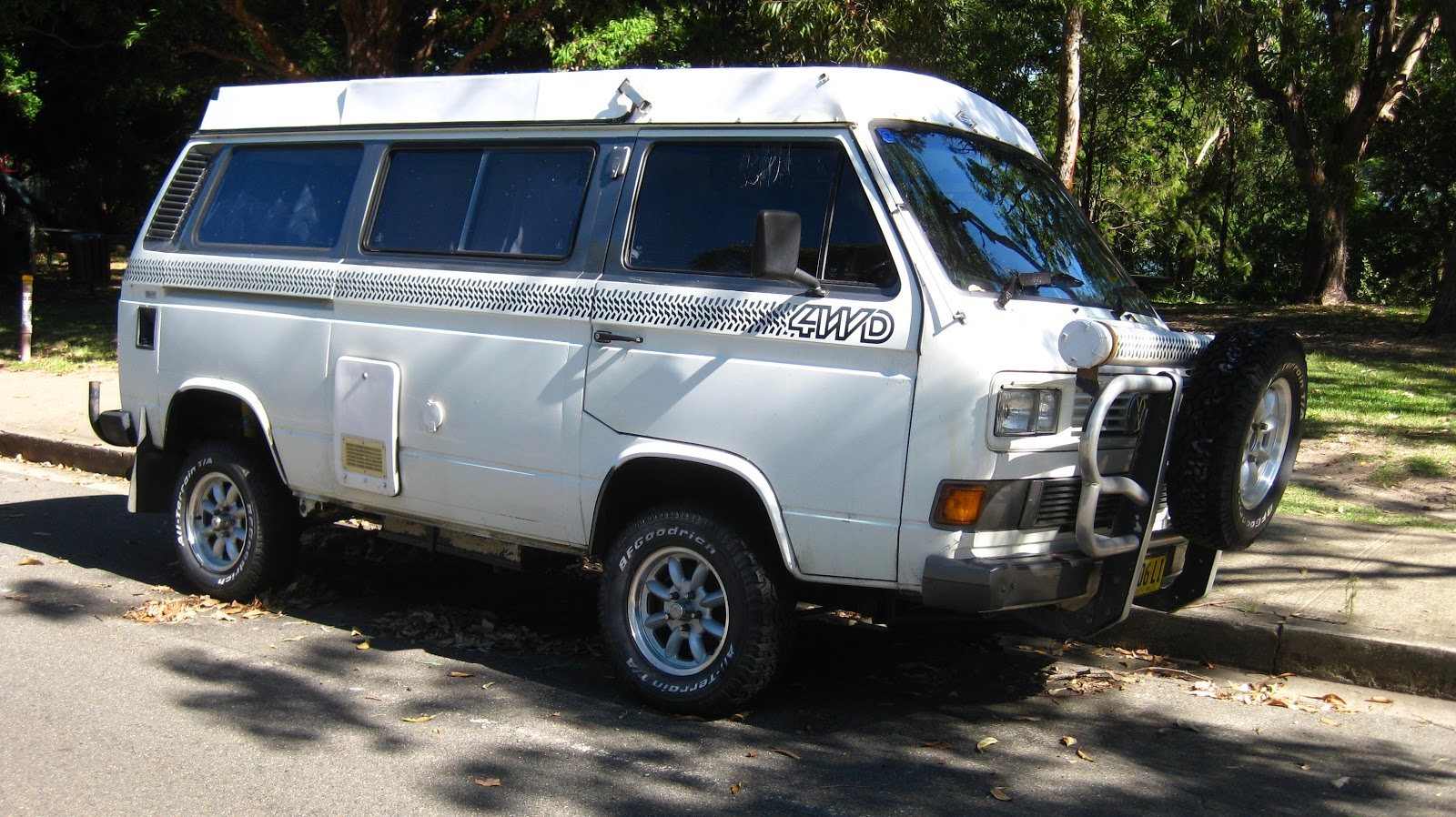 Aussie Old Parked Cars  1980s Volkswagen Transporter Syncro 4WD