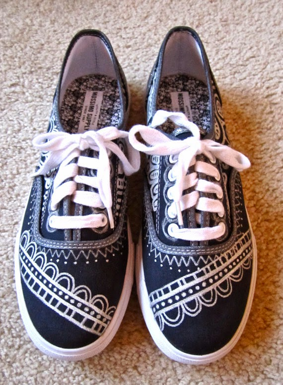 Magnificent Canvas Shoes