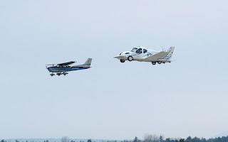 السيارة الطائرة Terrafugia