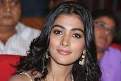 Pooja hegde glamorous photos-thumbnail-2