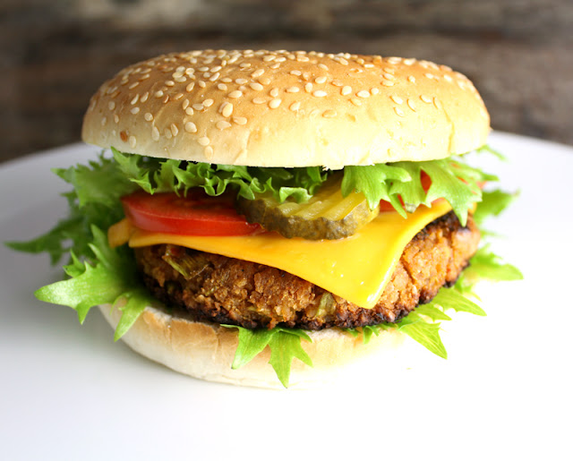 Oppskrift Hjemmelaget Veganburger Vegetarburger McDonalds McVegan Kjøttfri Kikertburger Grønnsaksburger