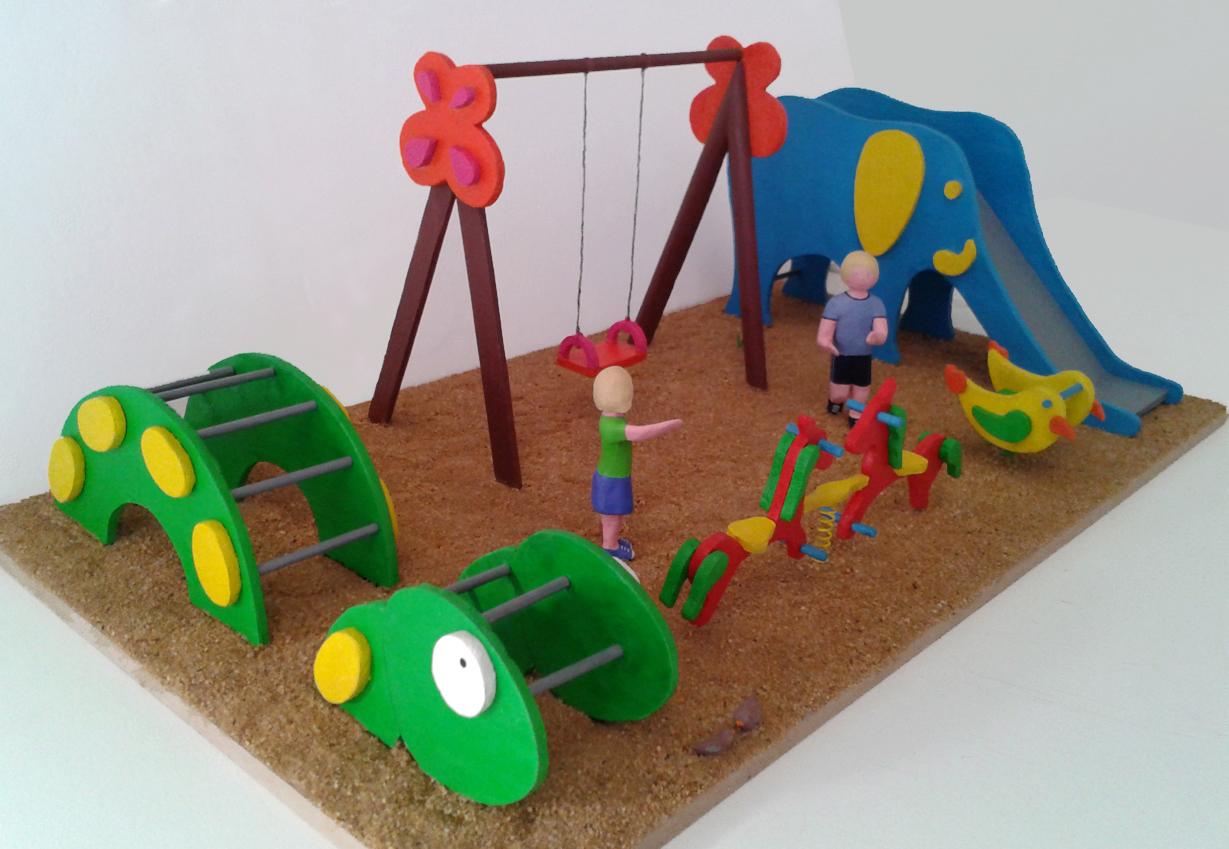 Maquetas personalizadas maqueta parque infantil - Como hacer un parque infantil ...