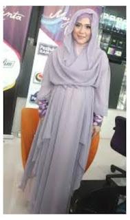 Gambar Hijab Modern ala April Jasmine