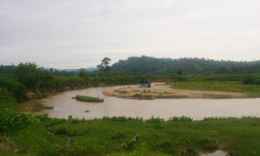 Gia Lai: Suối Ia Ve biến dạng dòng chảy - Dân mất đất sản xuất