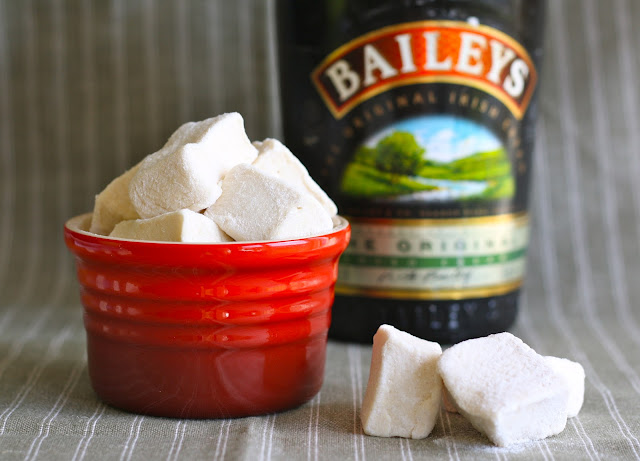 skumfiduser, skumfiduser med bailey, marshmallows with baileys, marshmallows, homemade