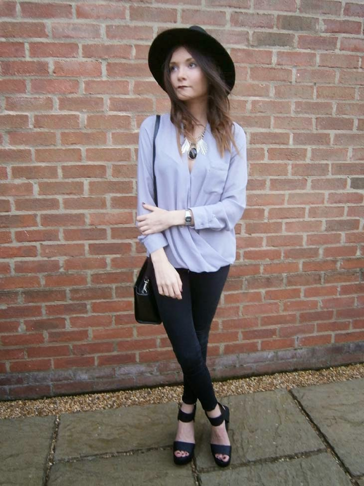 fashion blogger seventies style outfit