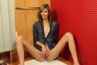 Naughty Girl - rs-Skinny-Babe-Sindy-Vega-with-Small-Tits-7-728968.jpg