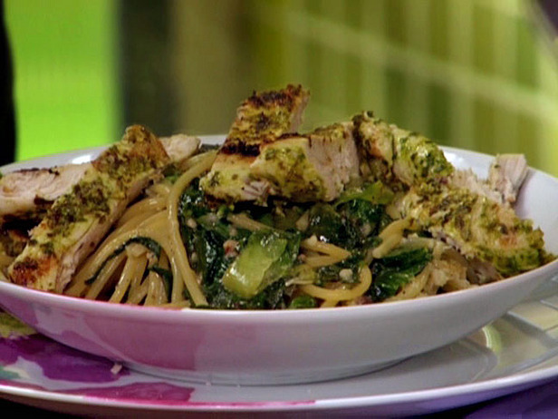 Grilled Chicken with Arugula Pesto