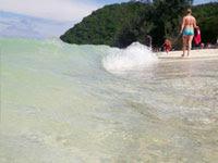 波打ち際 | 海水浴などのイラスト・写真素材。無料で商用可