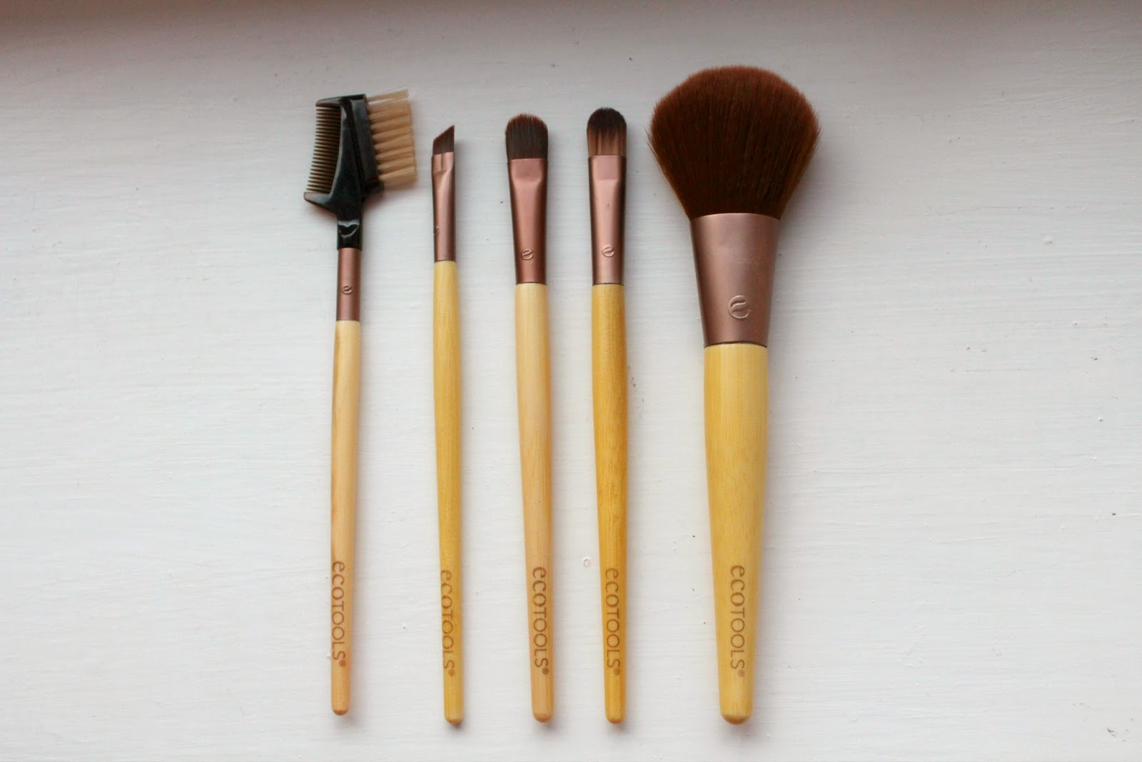 A picture of the 6 Eco Tool Bamboo Brush Set