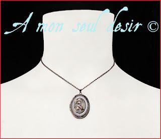Collier elfique médaillon opale blanche floral végétal bijou elfe Arwen Galadriel Elven Locket White Opal Necklace