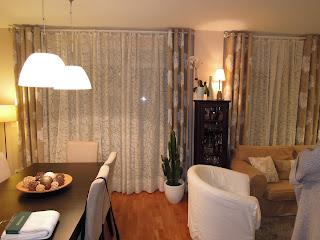 Fotos de cortinas salones 2012 for Cortinas salon beige