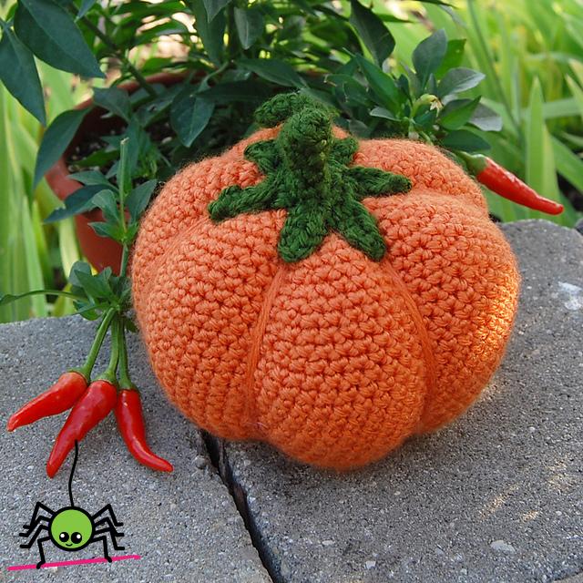Amigurumi Pumpkin Crochet Pattern : The Itsy Bitsy Spider Crochet: Amigurumi Pumpkin #1