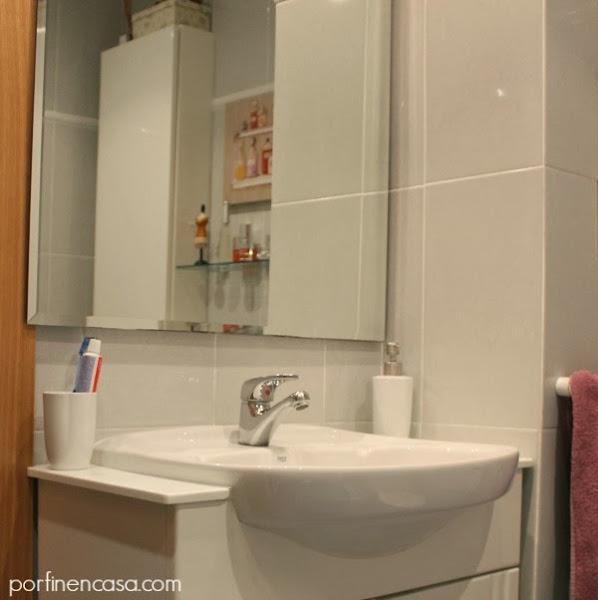 Poner gel decorar tu casa es - Por donde salen las cucarachas en el cuarto de bano ...