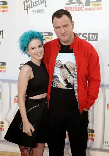 Hayley Williams has engaged