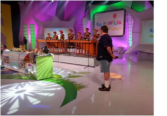 Noticias santiago laollaga en familia con chabelo marimba for En familia con chabelo