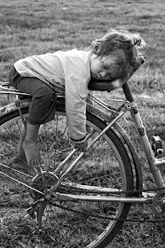 Ποδηλάτισσα.....