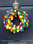 Balloon wreath. I struggled to find pins shorter than the diameter of the .
