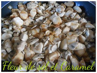 Poulet caramélisé aux champignons