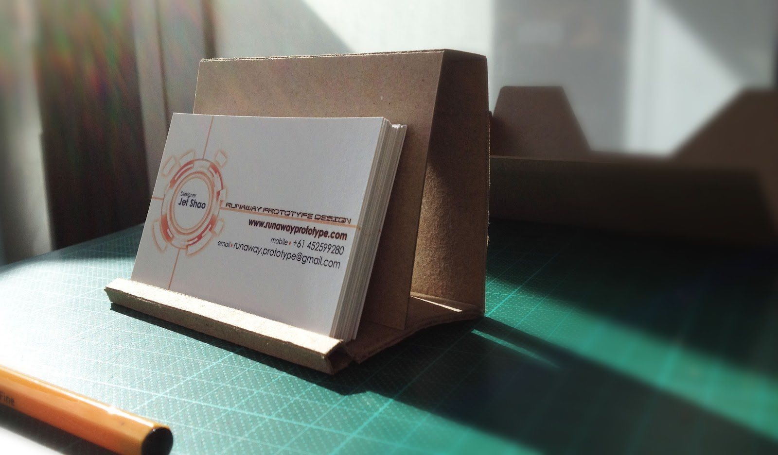 Runaway Prototype Design: Cardboard business card holder