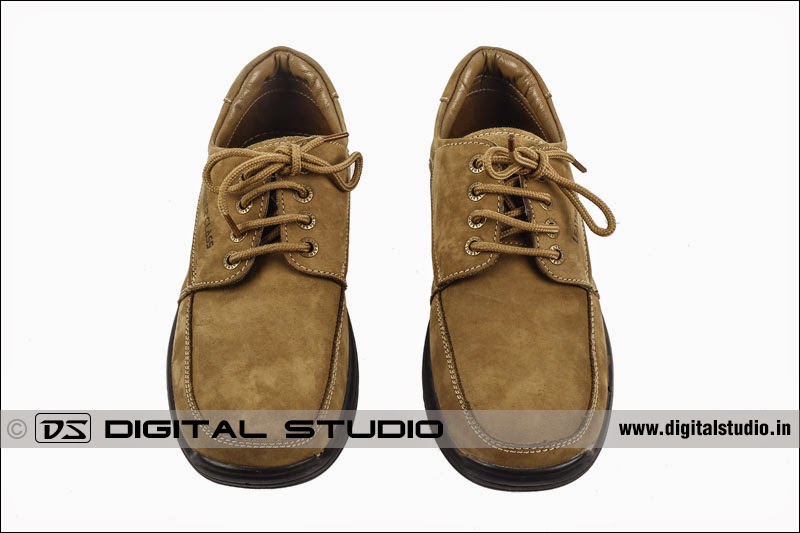 45 degrees photograph of calf leather brown shoes