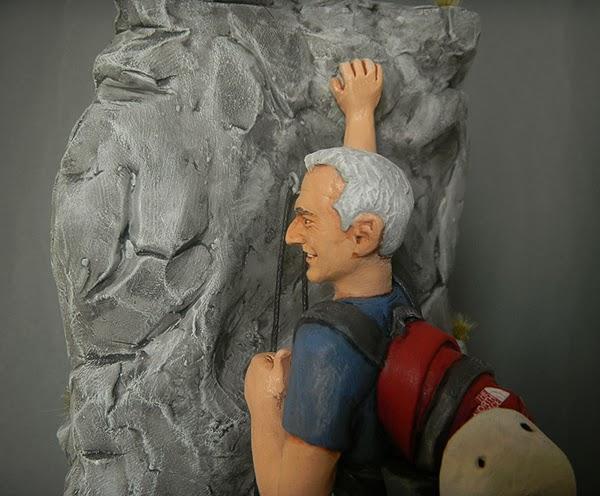 ritratti viso statuette sposini statuine personalizzati sportivi montagna roccia orme magiche