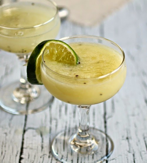 Golden Kiwi Cocktail
