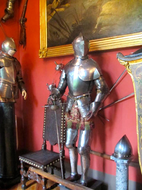 armour at museo Cerralbo