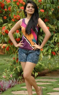 Niharika-singh-Hot-Bollywood-Actress-2