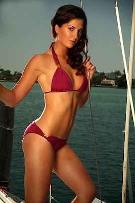 Sandra Gal Hot