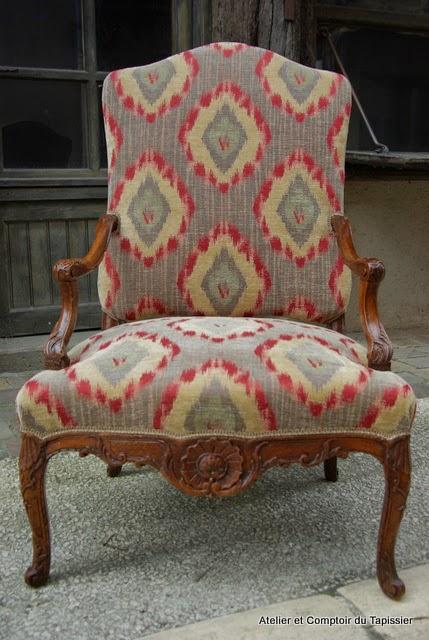 Atelier et comptoir du tapissier fauteuil r gence garniture traditionnelle - Les plus beaux fauteuils ...