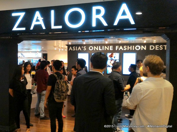 Zalora-Digital-Pop-Up Store In Shangri-La Mall