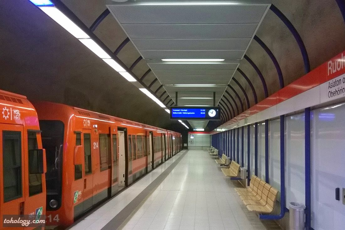 Ruoholahti (Gräsviken) metro station