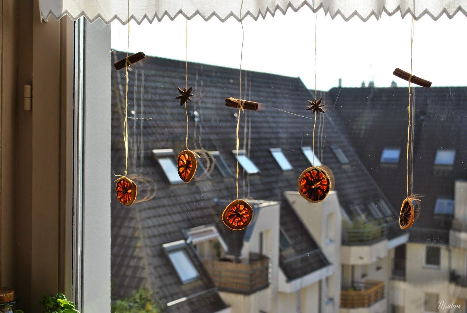 DIY - jesienno-zimowa dekoracja okna :)