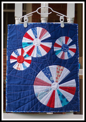 4th of July fireworks mini quilt