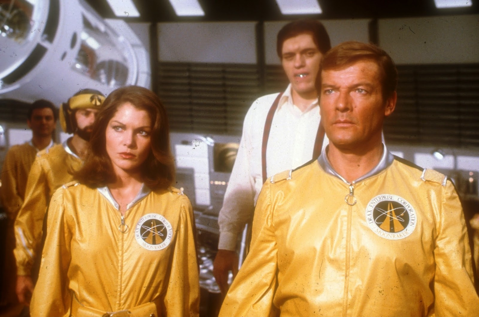 Displaying 17> Images For - Moonraker Jaws Girlfriend...