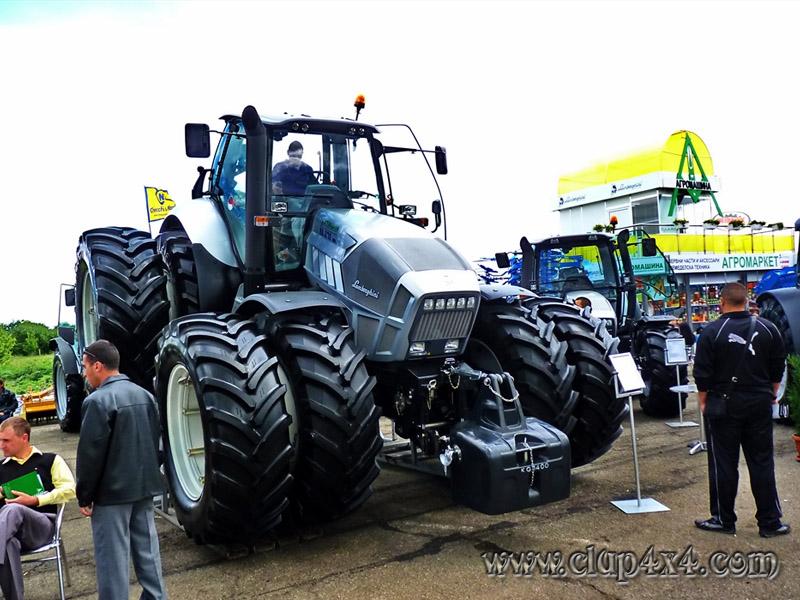 Tractors Farm Machinery Lamborghini R8 Special