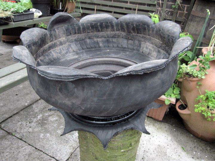 zombieworm tire flower pot