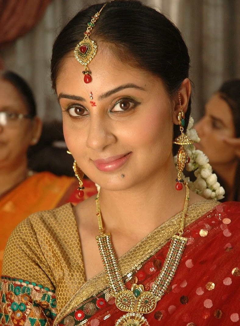 Bhanu Sri Mehra in Cool Saree