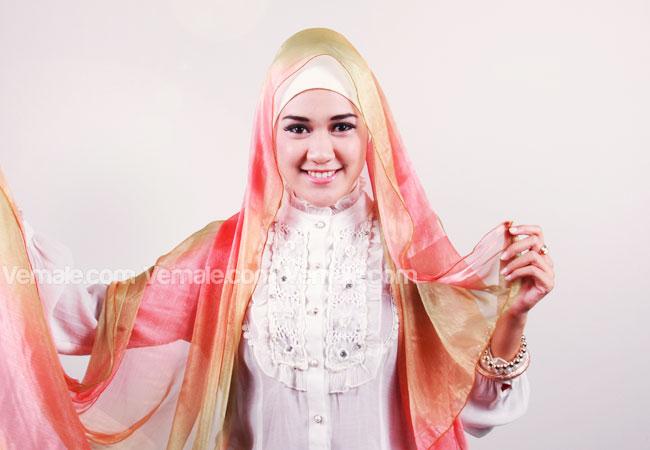 CARA PAKAI HIJAB JILBAB: Tutorial Jilbab Cantik Untuk Acara Resmi
