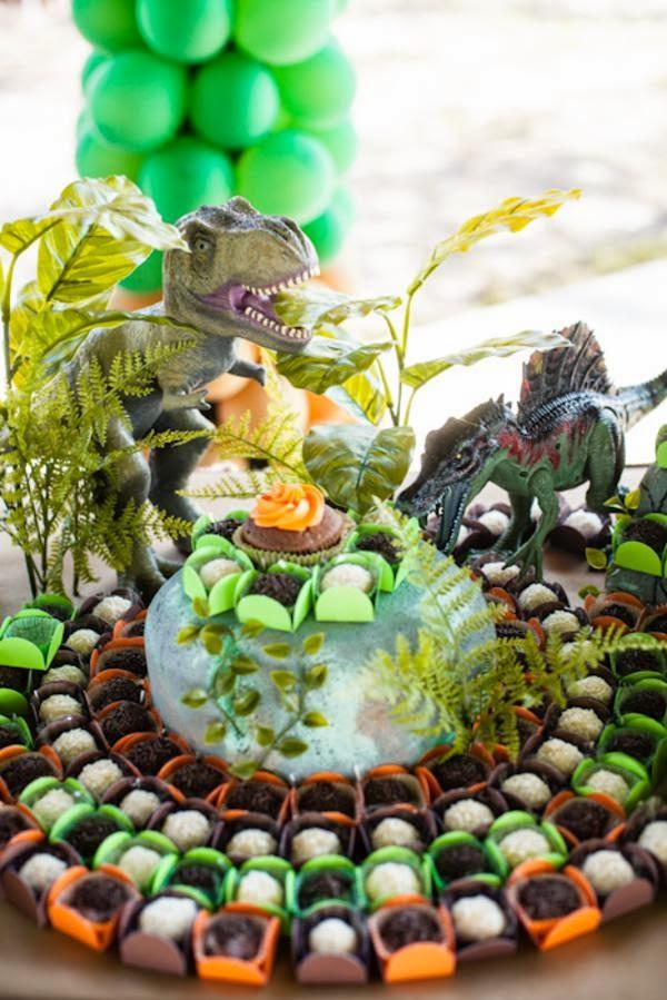 Jurassic Park Deco Cake Kit