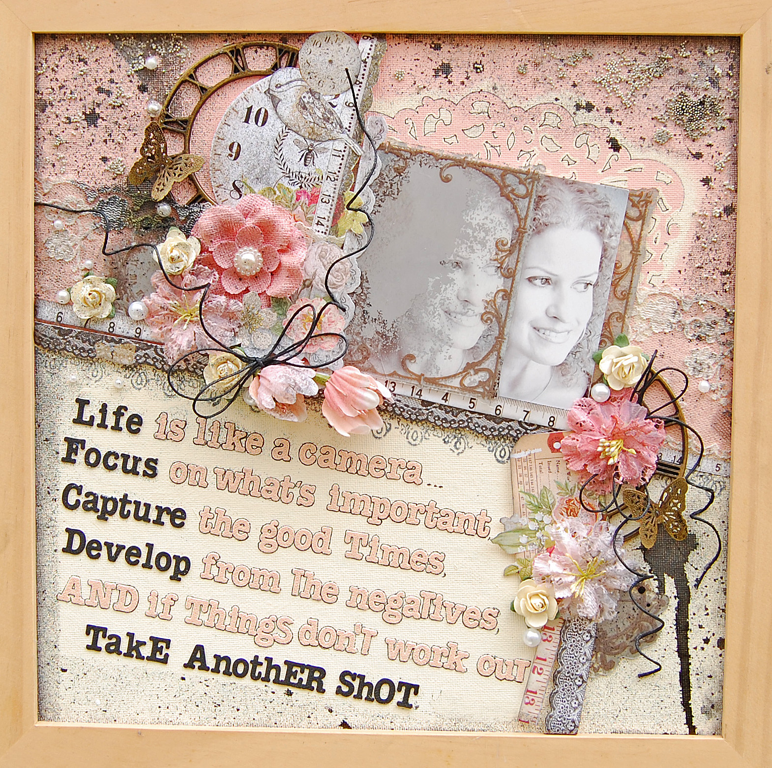 How to scrapbook canvas - A Canvas My Creative Scrapbook Off The Page Kit