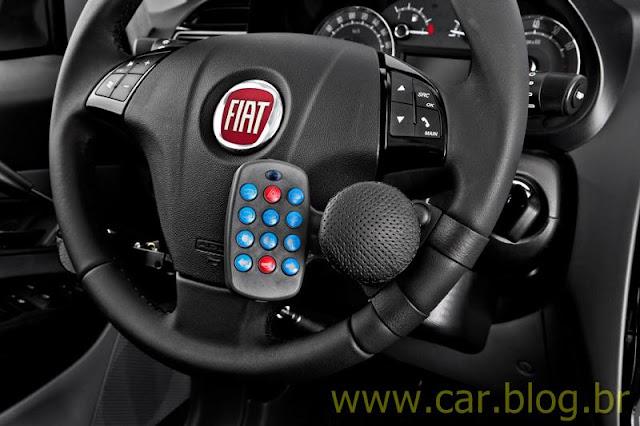 Fiat Punto adaptado para deficiente físico