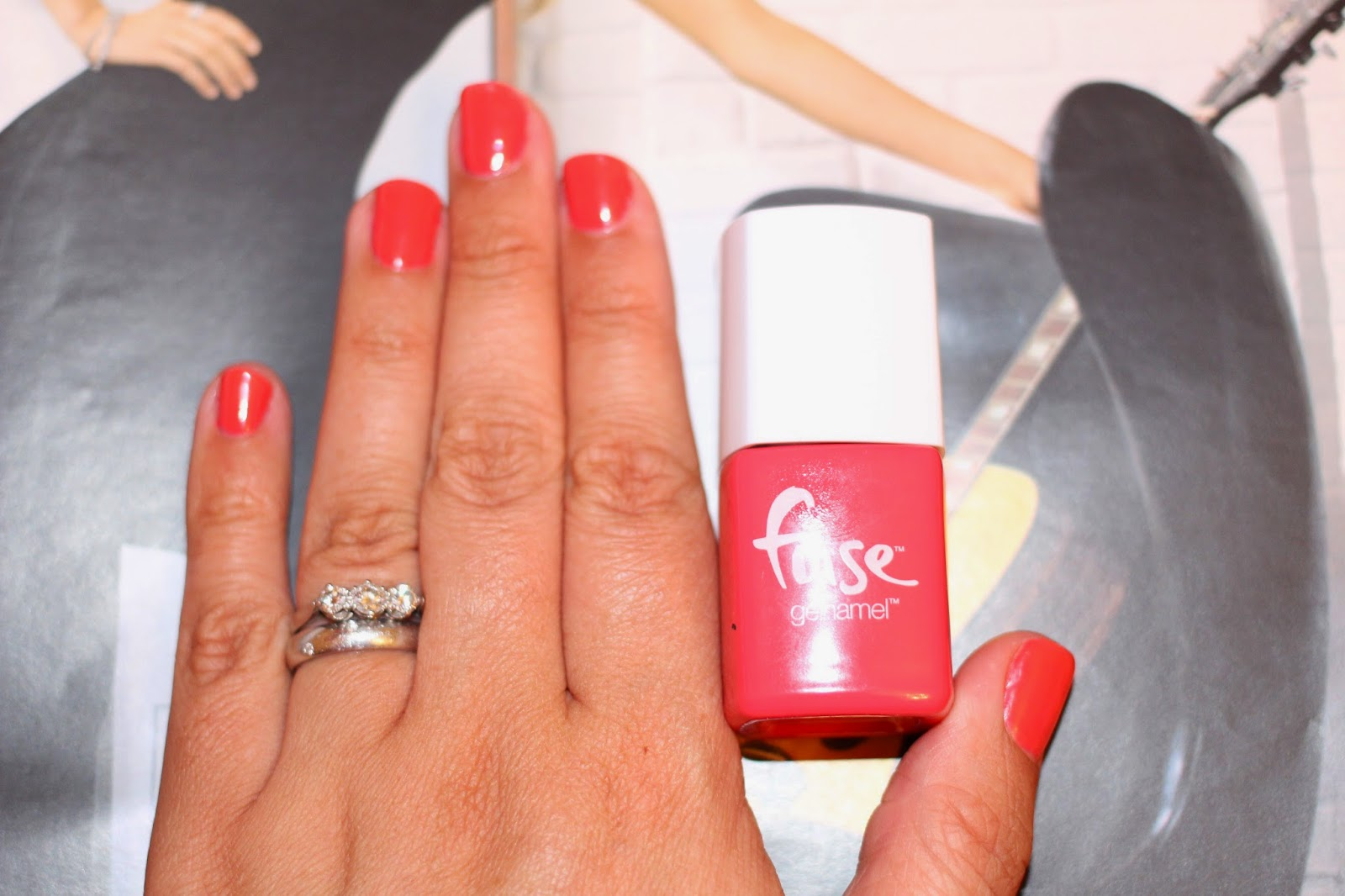 WHAT\'S ON MY NAILS : FUSE ELECTRIC OR TREAT GEL NAILS - MyBeautySleuth