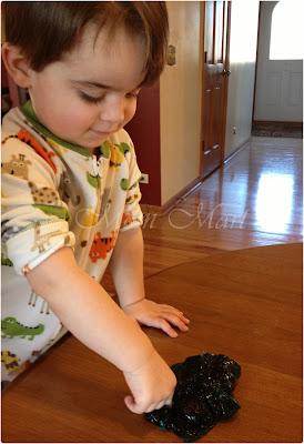 Kid Craft: Playing with homemade slime.