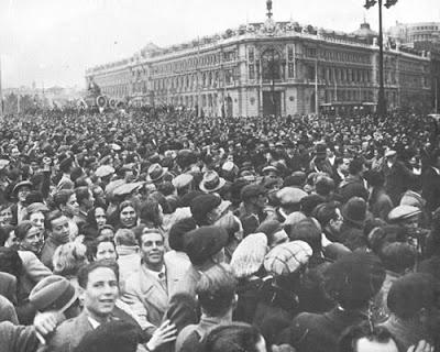 Madrid, 16 de Febrero de 1936. El pueblo de Madrid, celebra la victoria electoral del Frente Popular