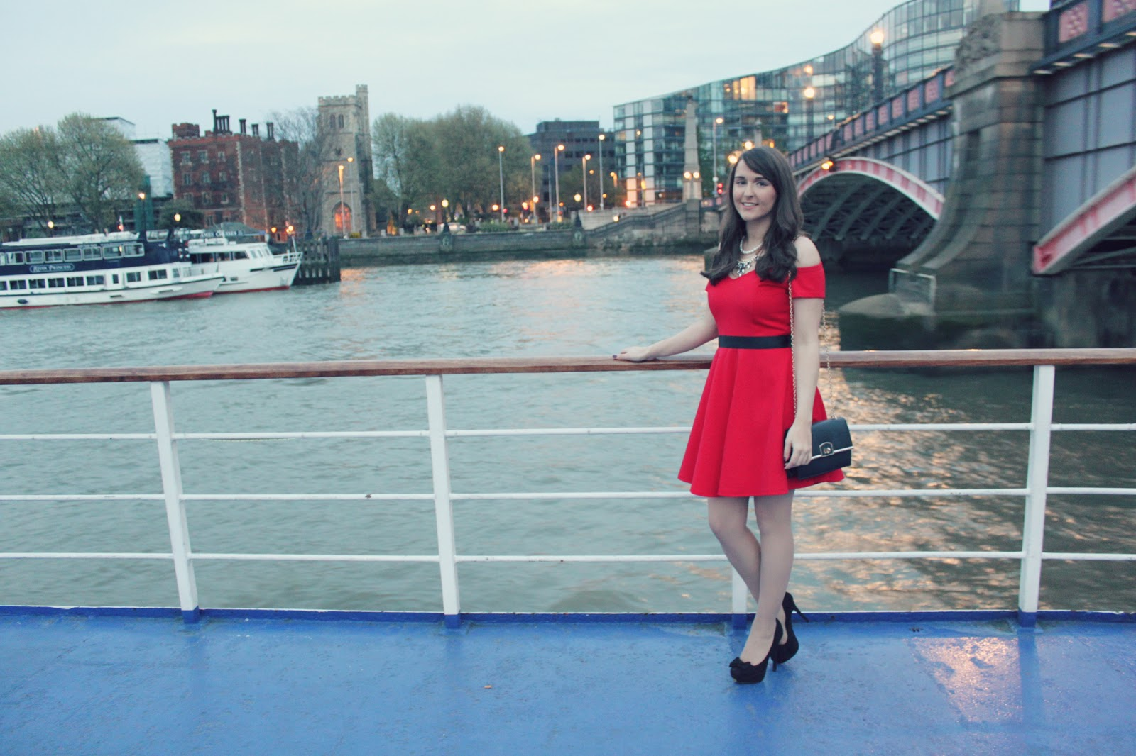 Event | Ladbrokes Boat Party On The Thames | What She Buys