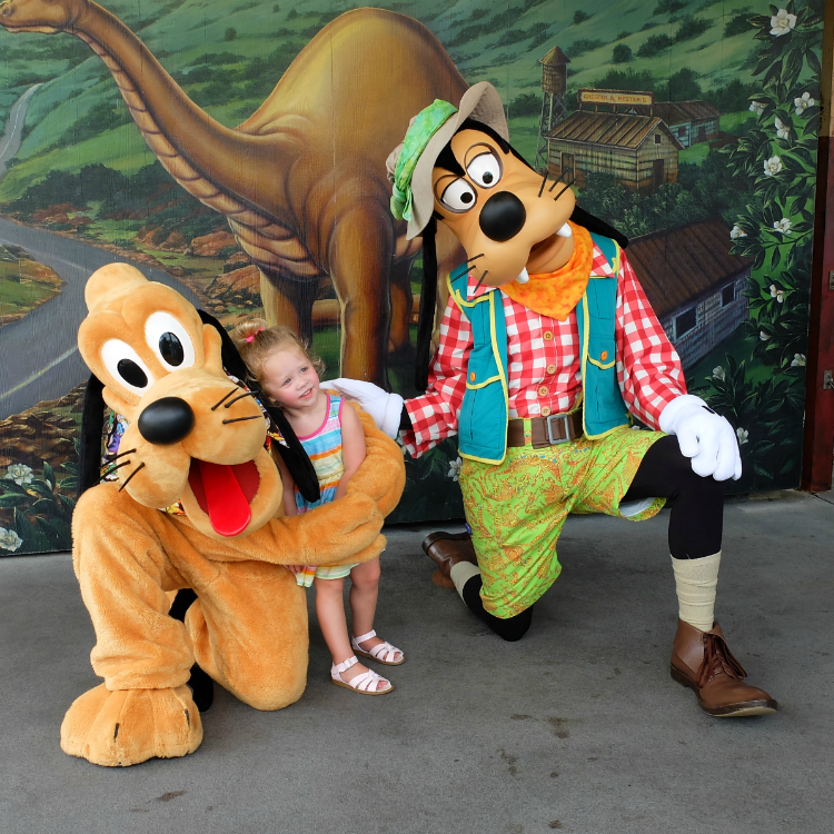 Walt Disney World, Animal Kingdom, Dinoland USA, Plute & Goofy meet and greet