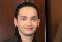 Tom con un poco de barba y Bill con su piercing Dibujo